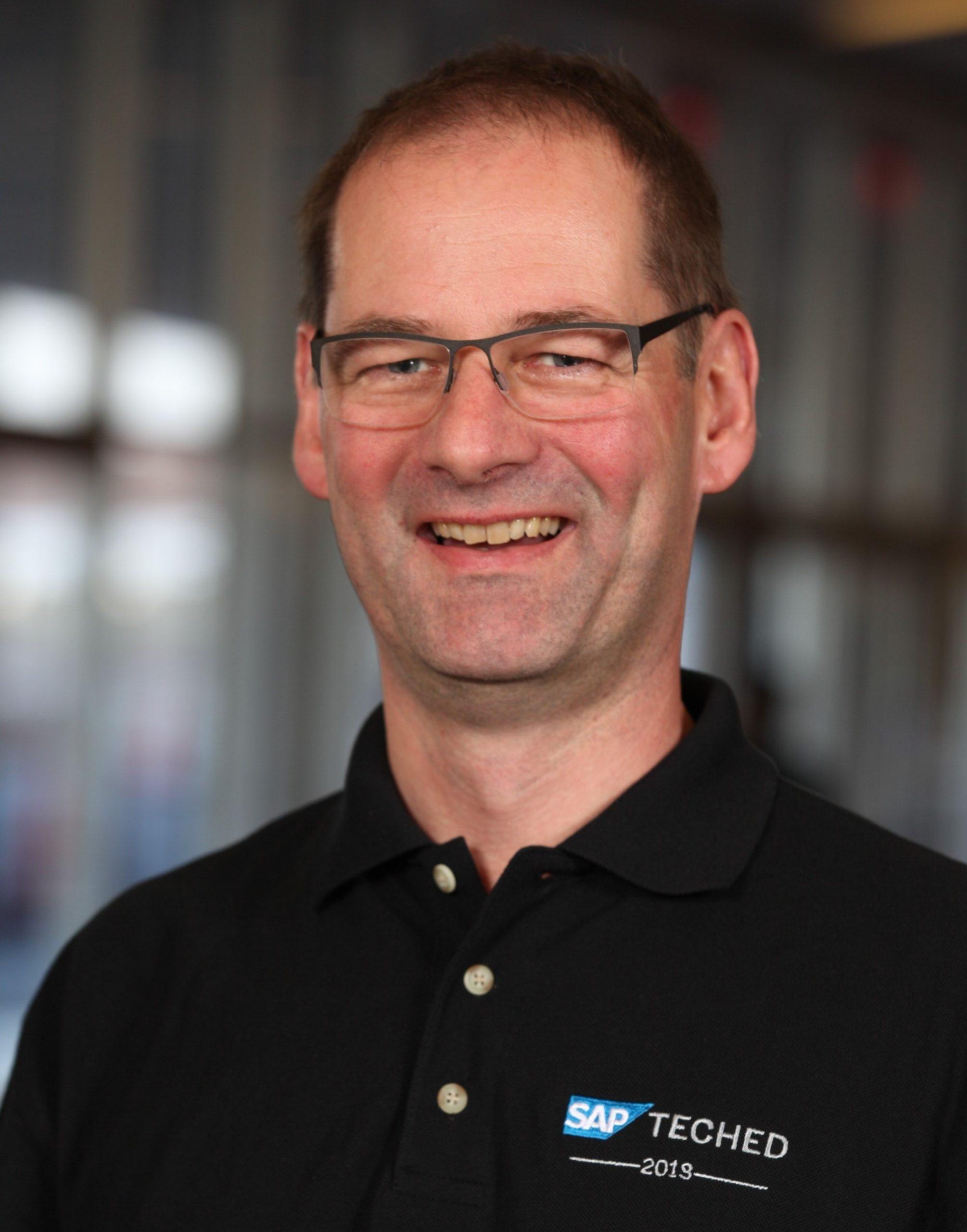 Espresso Tutorials: Dr. Boris Rubarth